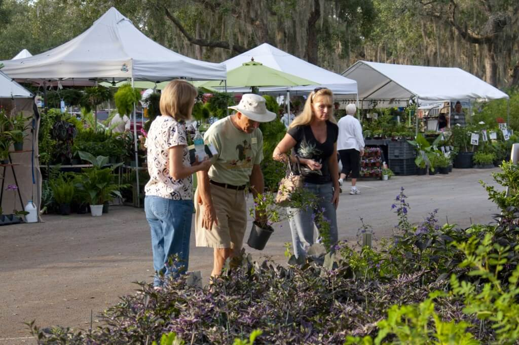 Volunteers at Bok Tower Gardens