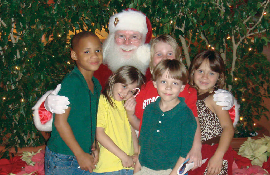 Santa with kids_cropped